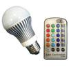 LED sv�teln� zdroj s mo�nost� nastaven� barev RGB �erven�, zelen�, modr� pomoc� IR ovlada�e 7 program� p�echody, p�ep�n�n�, stm�v�n�, 5W, E27, 230V